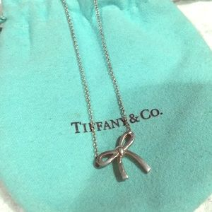 Tiffany and Co bow necklace
